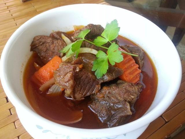 Chuyên trang du lịch uy tín quốc tế nhận định có tận... 11 món ăn Việt Nam ngon không kém gì phở trong mắt du khách nước ngoài - Ảnh 6.