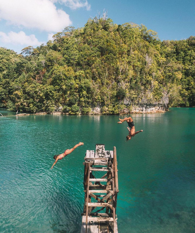 Vượt qua cả Bali và Hawaii, ốc đảo hình giọt nước kỳ lạ ở Philippines được tạp chí Mỹ bình chọn đẹp nhất thế giới - Ảnh 1.