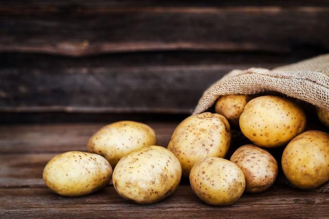 Những thực phẩm quen thuộc khi cất trong tủ lạnh sẽ vừa gây mùi, vừa gây hại cả sức khỏe - Ảnh 1.