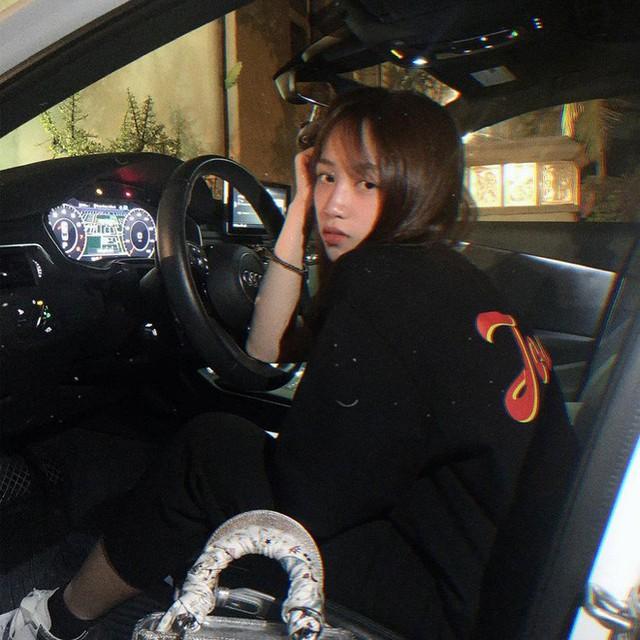 Thú chơi siêu xe và xe siêu sang toàn hàng khủng của vợ cũ đại gia Phạm Trần Nhật Minh cùng con gái - Ảnh 12.