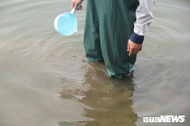 Hồ Tây tiếp tục xả nước ra sông Tô Lịch, chuyên gia Nhật Bản sẽ có biện pháp gì? - Ảnh 7.