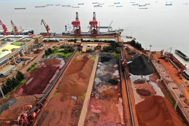 Giá quặng sắt lập đỉnh mới, thép giảm hơn 2% - Ảnh 1.