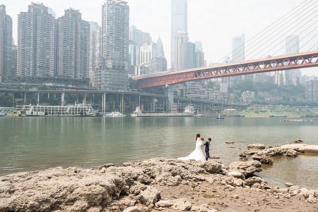 Nỗi khổ của phụ nữ Trung Quốc: Ở công ty thì bị phân biệt, về nhà cam chịu chồng ngoại tình, ngược đãi vì lo sợ ly hôn trắng tay - Ảnh 5.