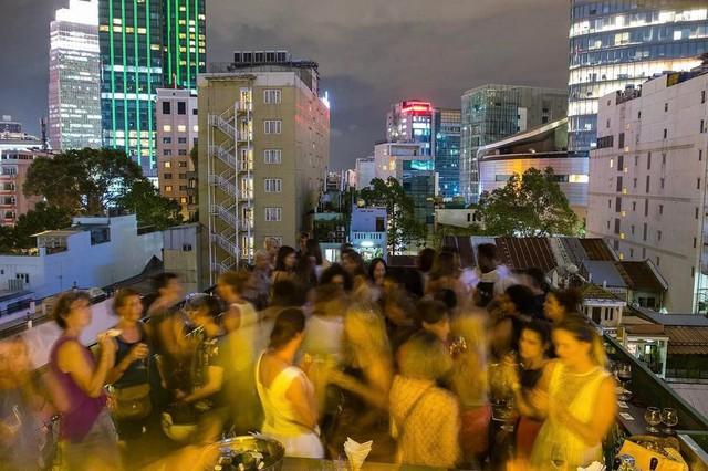Kinh tế đêm Sài Gòn trong mắt du khách quốc tế - Ảnh 4.