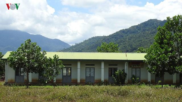 """Hàng loạt thủy điện """"chết lâm sàng"""" ở huyện nghèo Đăk Glei, Kon Tum - Ảnh 1."""