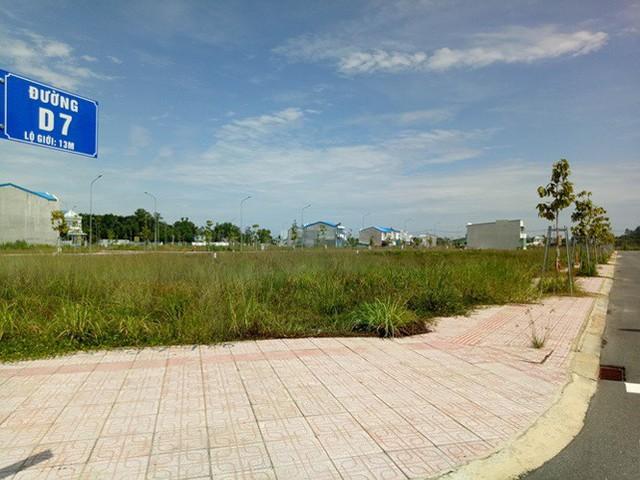 Vụ 'xẻ 7.000 m2 đất công phân lô bán nền: Ngưng mọi hoạt động giao dịch - Ảnh 2.