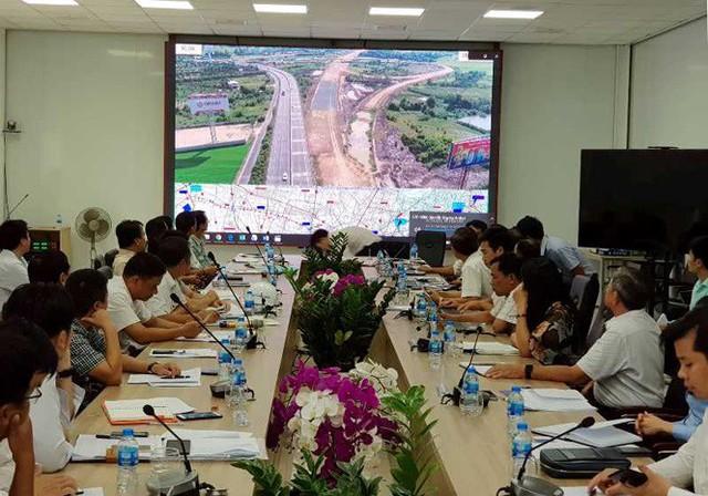 Ngừng thi công dự án cao tốc Trung Lương - Mỹ Thuận từ tháng 8 vì hết tiền? - Ảnh 1.