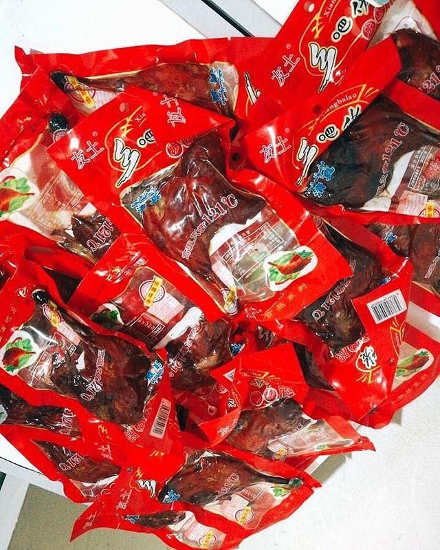 Đùi gà Trung Quốc để 1 năm không hỏng, 15 ngàn/cái, chồng tha hồ nhậu - Ảnh 3.