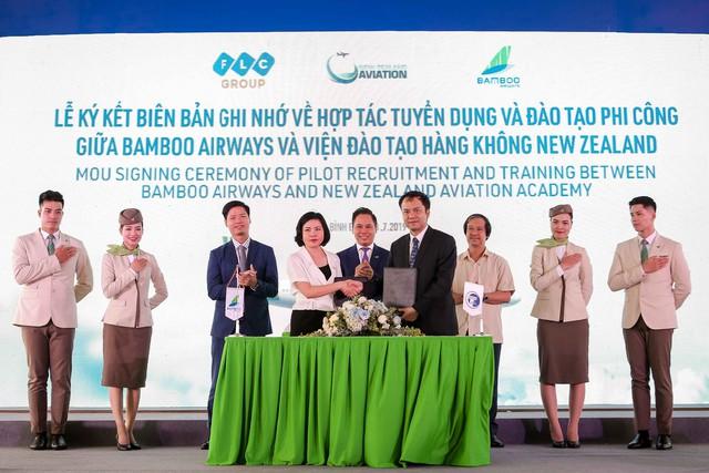 Chính thức khởi công xây dựng Viện đào tạo Hàng không Bamboo Airways  - Ảnh 4.