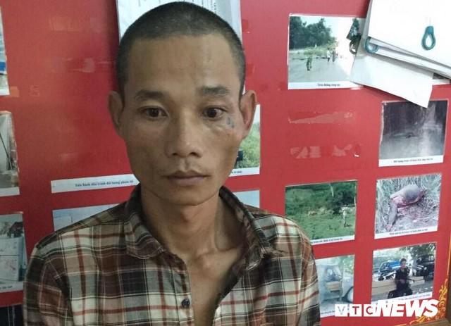 Bị truy đuổi, tài xế liều mạng tông thẳng vào xe CSGT chặn đường ở Gia Lai: Tạm giữ 3 nghi can - Ảnh 2.