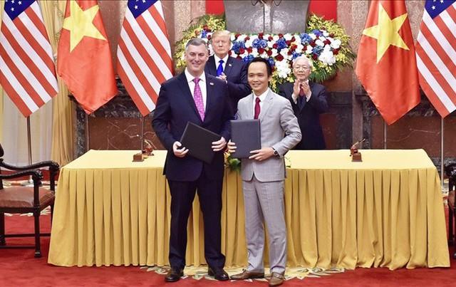 Đại gia Việt mua máy bay tỷ USD, tay to dám liều chơi lớn - Ảnh 2.
