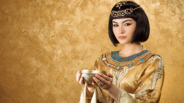 """Bí ẩn cuộc đời Nữ hoàng Cleopatra: Vị nữ vương quyến rũ với tài trí thông minh vô thường và độc chiêu quyến rũ đàn ông """"bách phát bách trúng"""" - Ảnh 7."""