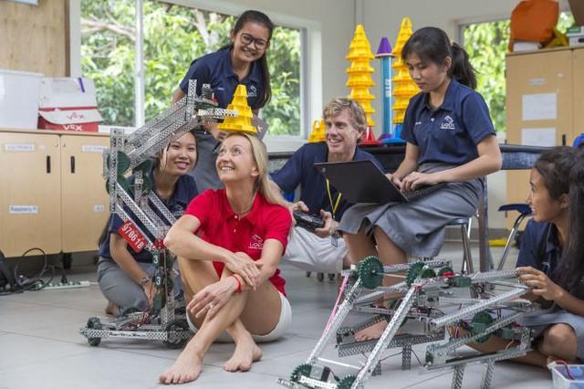 """Được mệnh danh là """"lò đào tạo các doanh nhân tương lai"""", ngôi trường châu Á này đã tạo những bước đột phá trong nền giáo dục mà không phải ai cũng làm được - Ảnh 3."""