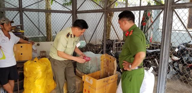 Bắt giữ 455 sản phẩm nhập lậu và không rõ nguồn gốc, xuất xứ - Ảnh 1.