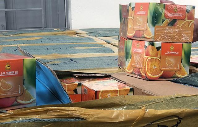 Tạm giữ gần 2 tấn shisha trên đường từ Nam ra Bắc - Ảnh 3.