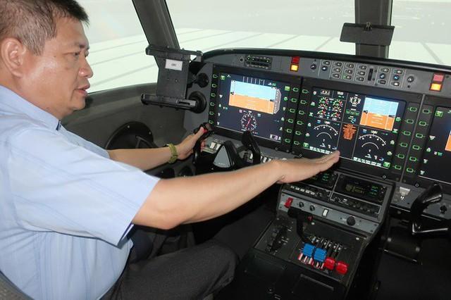 Loay hoay đào tạo phi công trong nước - Ảnh 1.