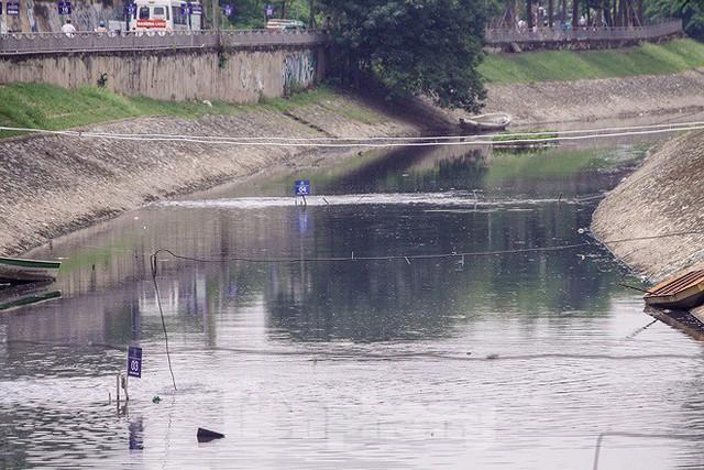 Chất lượng nước sông Tô Lịch biến chuyển ra sao khi dùng bảo bối của Nhật? - Ảnh 9.