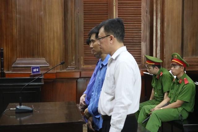 Sếp, lính cùng lãnh án vì tham ô tiền tỉ từ máy ATM - Ảnh 1.