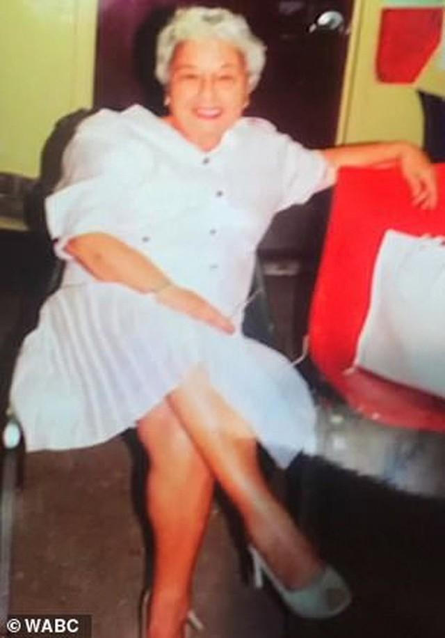 Được hỏi bí kíp sống lâu, cụ bà 107 tuổi bật mí: Không bánh, không nước soda và không đàn ông! - Ảnh 4.