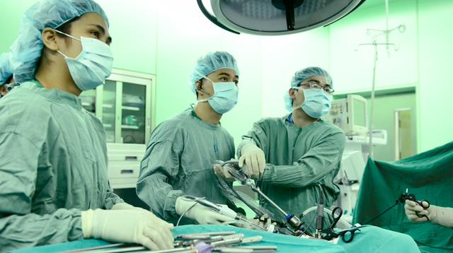 BS BV Đại học Y Dược: Chỉ cần làm một điều này sẽ phát hiện ung thư đại trực tràng sớm - Ảnh 1.