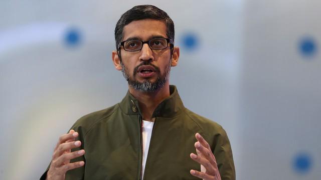 Trước khi lên đại học không có nổi chiếc máy tính xách tay, xa lạ với công nghệ nhưng CEO Google lại nghĩ chính thế lại hay  - Ảnh 2.