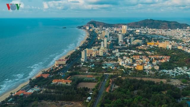 Làm gì để các đô thị ven biển mang bản sắc riêng? - Ảnh 1.
