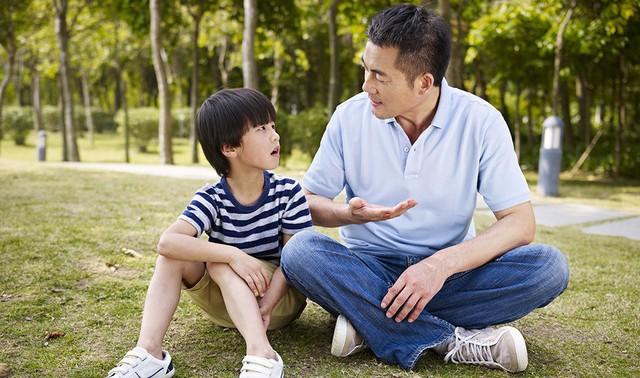 Không phải đòn roi, đây mới là những bài học đúng đắn mà cha mẹ thông thái nên khuyên răn mỗi khi con mắc lỗi - Ảnh 2.