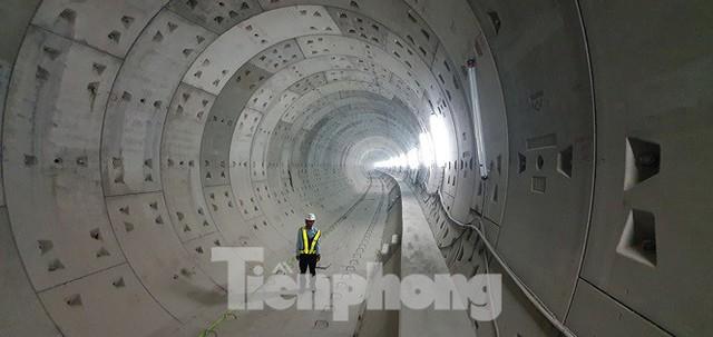 Cận cảnh đường hầm Metro số 1 dưới lòng Sài Gòn - Ảnh 15.