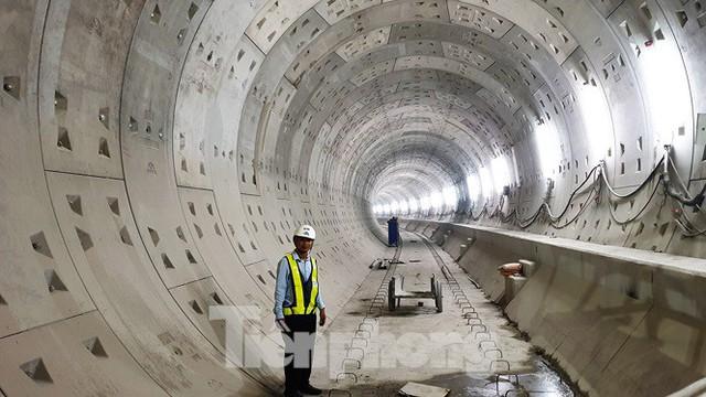 Cận cảnh đường hầm Metro số 1 dưới lòng Sài Gòn - Ảnh 17.