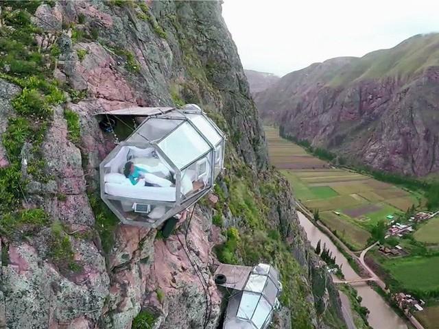 """Sốc: Na Uy """"nhá hàng"""" khách sạn nằm cheo leo trên vách đá cao hơn 600m, cư dân mạng tự hỏi """"ai mà dám ở""""? - Ảnh 11."""