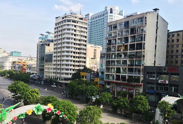 TPHCM mua nhà bằng tiền mặt trên 300 triệu đồng phải báo cáo - Ảnh 1.