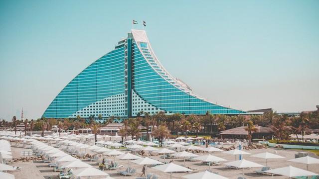 Đến Dubai, nếu sợ lúc đi hết mình lúc về... hết tiền thì đây là những địa điểm bạn có thể du lịch miễn phí ở vùng đất siêu giàu này - Ảnh 5.