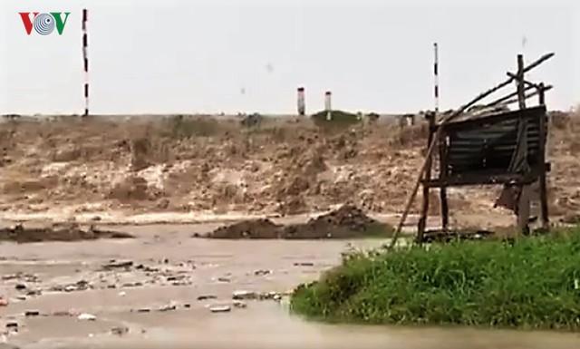 Hiện trường sau cơn thủy triều khủng khiếp tại Cà Mau - Ảnh 10.