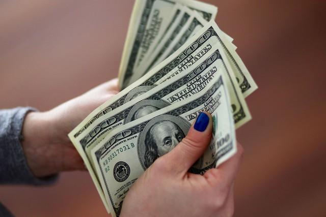 """Có bao nhiêu tiền cũng không đủ chi tiêu: Đây là cách đơn giản giúp tình trạng tài chính của bạn """"vực dậy"""" khỏi quỹ đạo nợ nần! - Ảnh 2."""
