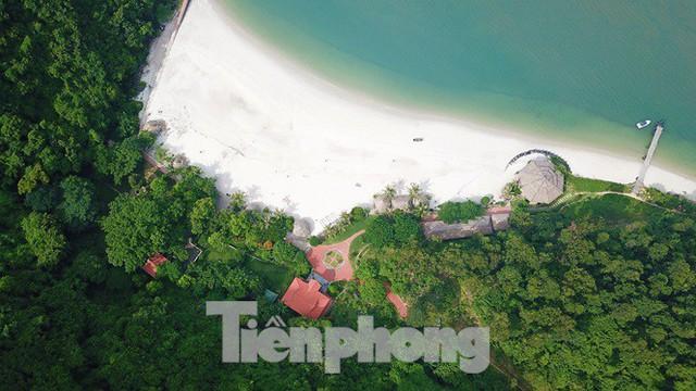 Hàng loạt đảo trên vịnh Bái Tử Long bị biến thành biệt thự, đặc khu - Ảnh 3.