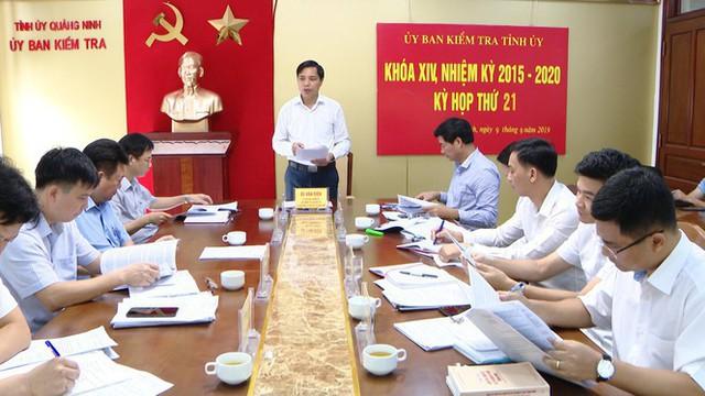 Quảng Ninh khai trừ khỏi Đảng nguyên Phó Giám đốc Ban Quản lý dự án - Ảnh 1.  Quảng Ninh khai trừ khỏi Đảng nguyên Phó Giám đốc Ban Quản lý dự án photo 1 15680883434591820789254