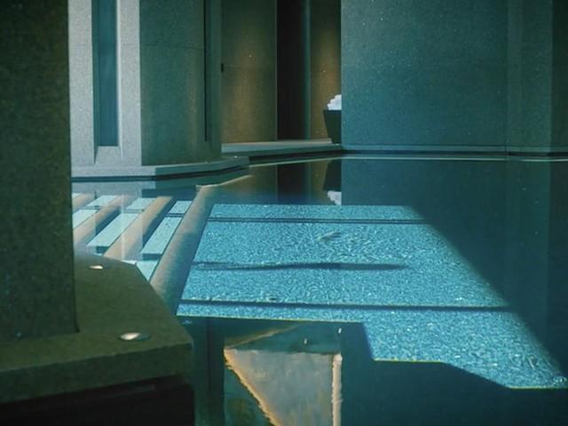Đột nhập biệt thự 7 tầng dát vàng siêu sang dưới lòng đất - Ảnh 11.