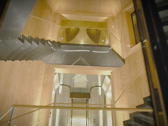 Đột nhập biệt thự 7 tầng dát vàng siêu sang dưới lòng đất - Ảnh 8.