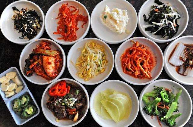 Obangsaek: Triết lý ngũ hành với 5 màu may mắn chứa đựng ý nghĩa hay ho về cuộc sống của người Hàn Quốc, có mặt trong mọi ngõ ngách, nhất là ẩm thực - Ảnh 4.