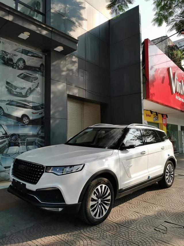 Ôtô Trung Quốc nhái xe sang đổ bộ thị trường, dân Việt thờ ơ - Ảnh 1.