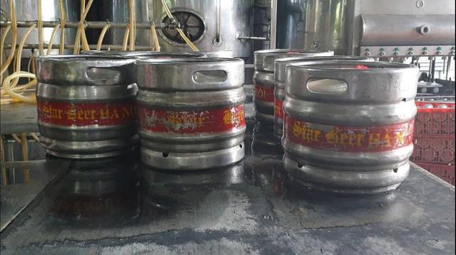 Phát hiện hàng chục keg bia nhái thương hiệu nổi tiếng tại Công ty TNHH Đại Việt Châu Á - Ảnh 1.