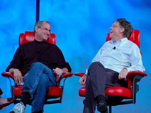 Nắm trong tay quyền lực và khối tài sản khổng lồ nhưng Bill Gates vẫn luôn ghen tị với Steve Jobs ở điểm này - Ảnh 1.