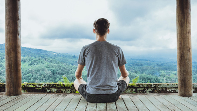Sức mạnh kỳ diệu của thiền chánh niệm, khiến Dalai Lama dành hẳn 5 tiếng/ngày để thực hành: Giảm stress, khai mở tâm trí, chống chọi bệnh tật! - Ảnh 1.