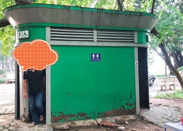 Cận cảnh nhà vệ sinh công cộng đổi quảng cáo vừa sử dụng đã hỏng - Ảnh 10.