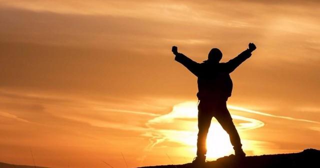 Với ý chí vươn lên, nghị lực sống vững vàng - bạn rồi sẽ chạm đến sự thành công nhanh thôi - Ảnh 1.