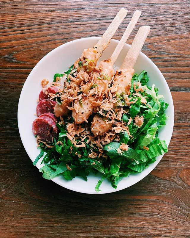 Mục sở thị nhà hàng đồ ăn Việt trên đất Mỹ của Vua đầu bếp Christine Hà: Tất thảy món ăn đều nấu bằng ký ức về mẹ - Ảnh 12.