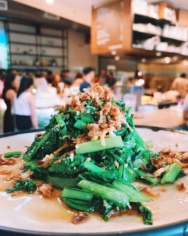 Mục sở thị nhà hàng đồ ăn Việt trên đất Mỹ của Vua đầu bếp Christine Hà: Tất thảy món ăn đều nấu bằng ký ức về mẹ - Ảnh 16.