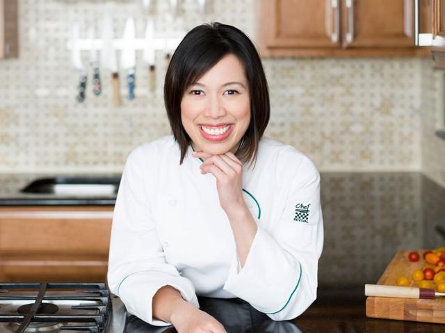 Mục sở thị nhà hàng đồ ăn Việt trên đất Mỹ của Vua đầu bếp Christine Hà: Tất thảy món ăn đều nấu bằng ký ức về mẹ - Ảnh 17.
