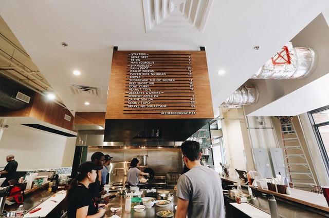 Mục sở thị nhà hàng đồ ăn Việt trên đất Mỹ của Vua đầu bếp Christine Hà: Tất thảy món ăn đều nấu bằng ký ức về mẹ - Ảnh 9.