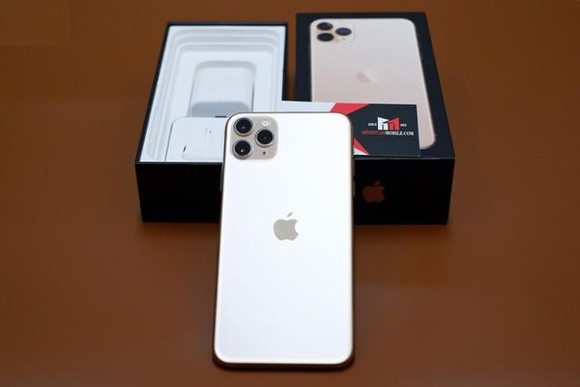 Tại sao iPhone 11 Hong Kong có giá rẻ hơn bản Mỹ cả triệu đồng? - Ảnh 2.